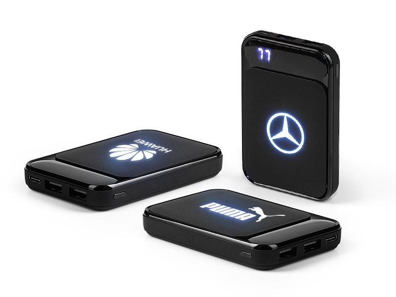 light pomocna baterija za mobilne uredjaje 5000 mah crni makart