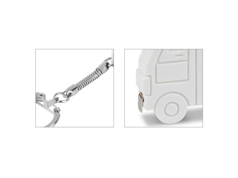 hugo plasticni privezak za kljuceve sa metrom beli makart