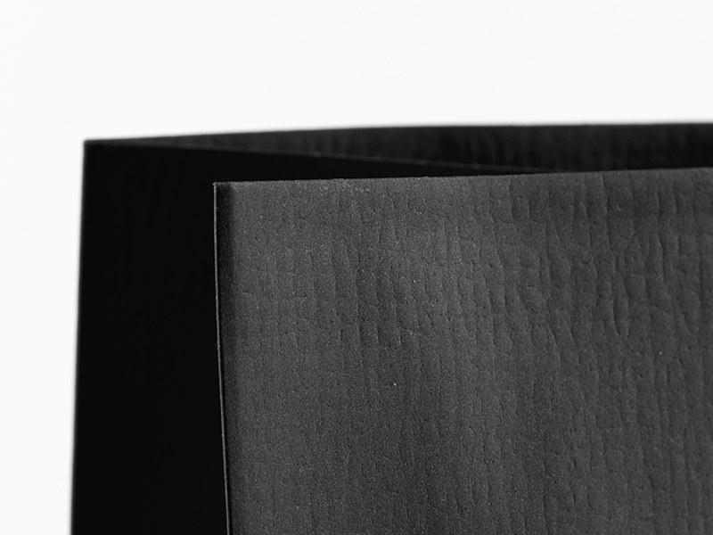 PERLA, papirna poklon kesa, crna