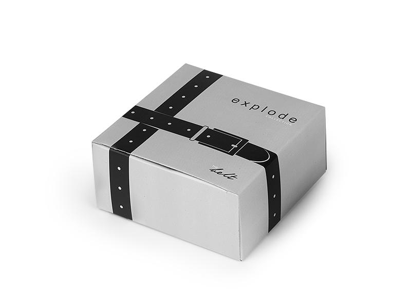 tom kais u poklon kutiji crni makart